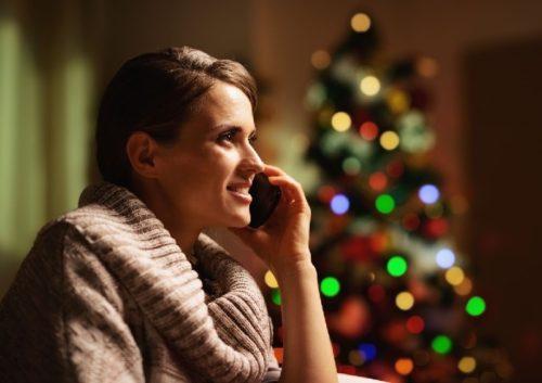 woman-on-phone-xmas